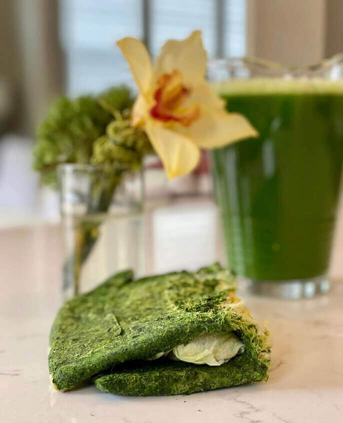 Keto green juice and pulp